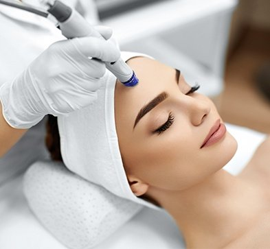 What Is A HydraFacial SkinCeuticals